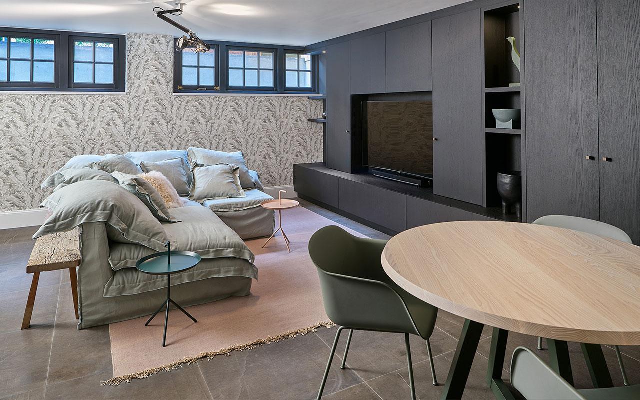 TV kast | Villa Waalwijk